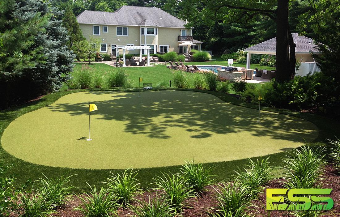 residential-golf-turf-1.jpg