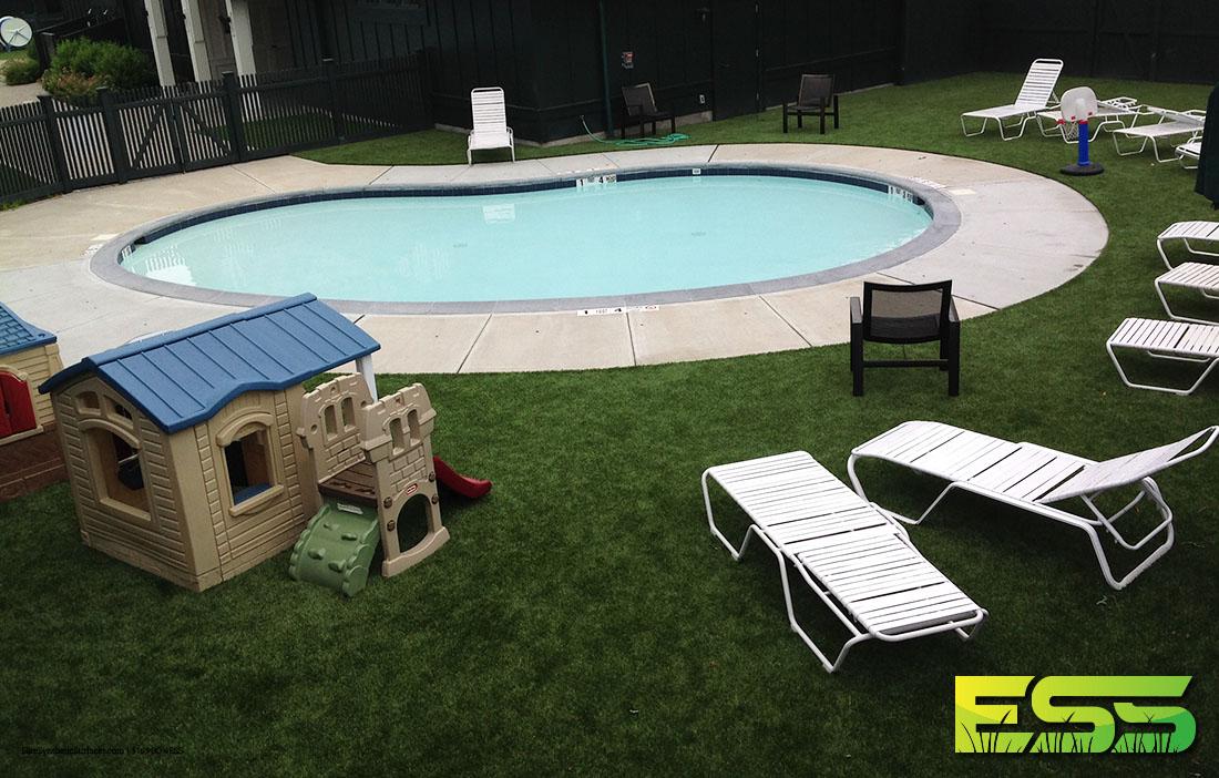 residential-pool-synthetic-turf-3.jpg