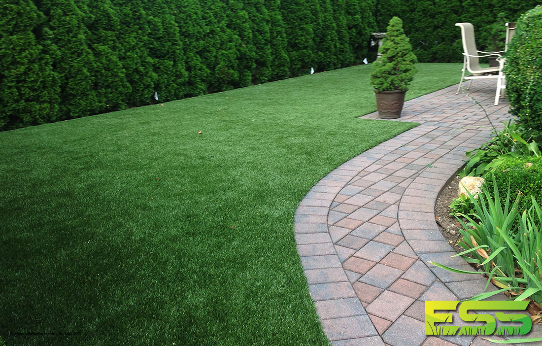 backyard-residential-synthetic-turf-16.jpg