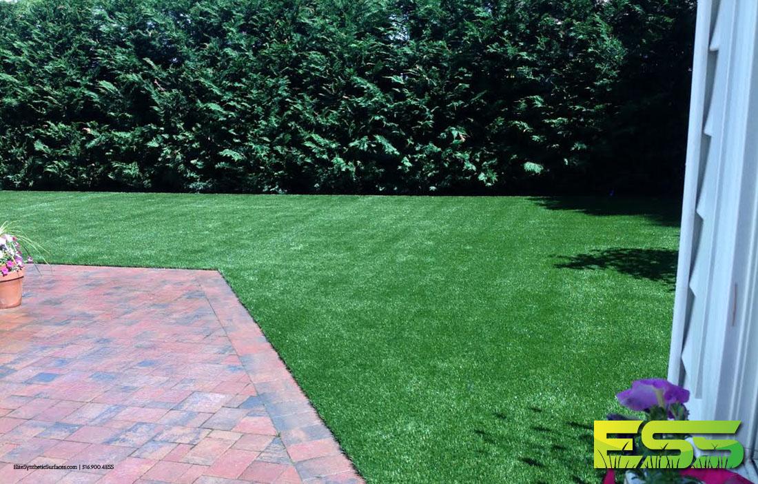 backyard-residential-synthetic-turf-4.jpg