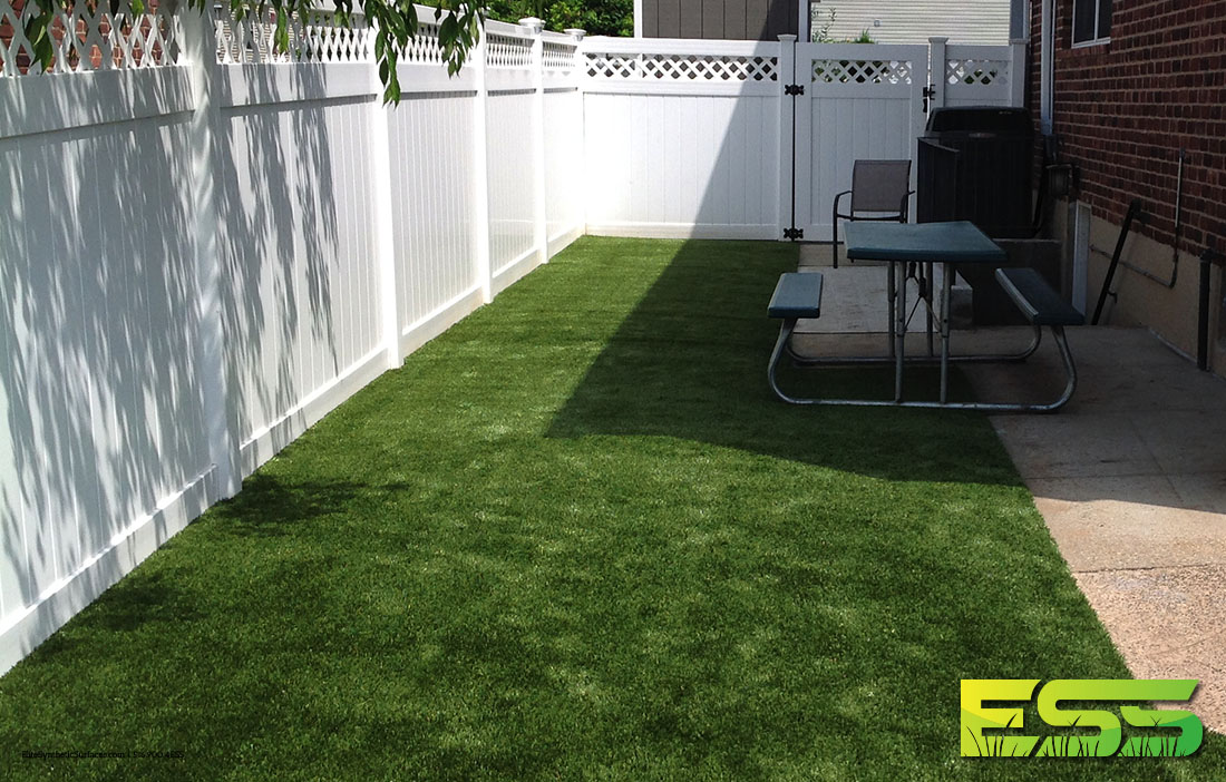backyard-synthetic-turf-12.jpg