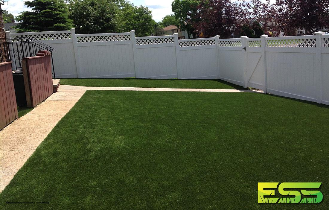 backyard-synthetic-turf-13.jpg