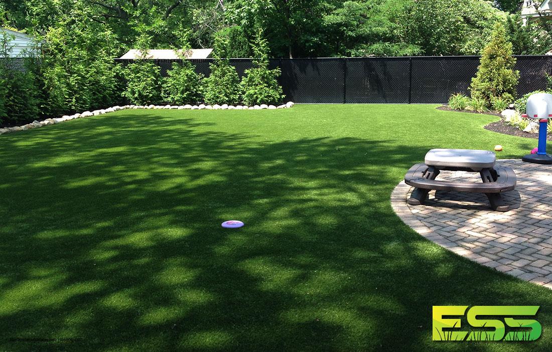 backyard-synthetic-turf-15.jpg