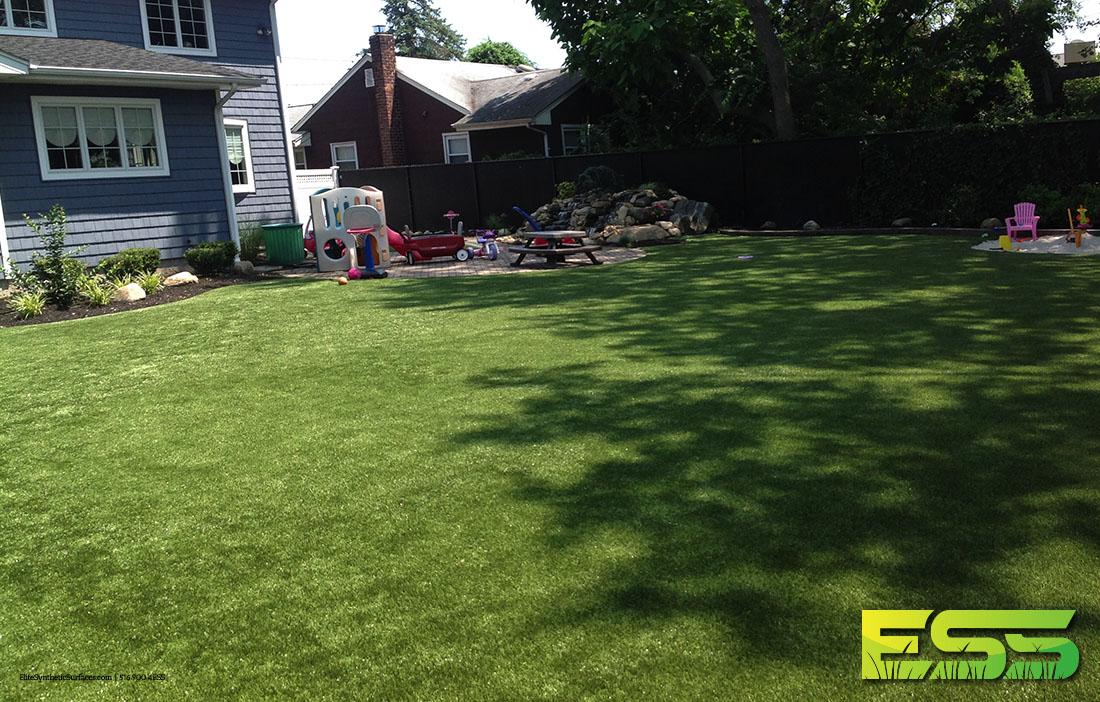 backyard-synthetic-turf-17.jpg