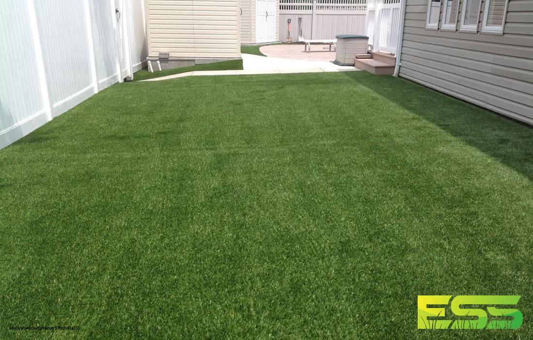 lawn-synthetic-backyard-turf-2.jpg