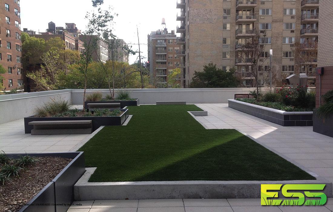 rooftop-common-area-manhattan-synthetic-turf-3.jpg