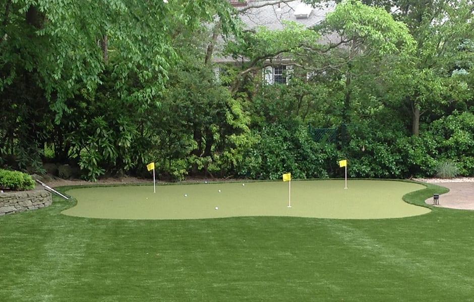 02_golf_putting_greens.jpg